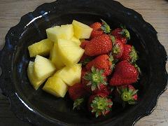 へたつき苺、パイナップル