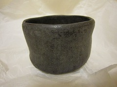 黒・楽茶碗